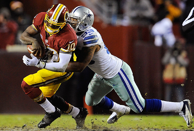 Dallas Cowboys placed a franchise tag on outside linebacker Anthony Spencer, and both parties are working towards a long-term deal.