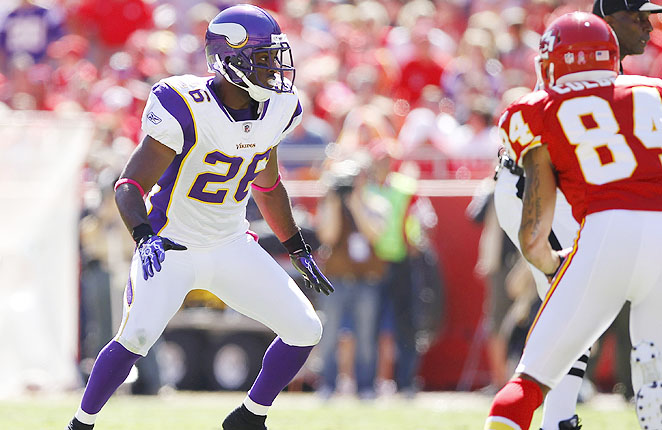 Antoine Winfield joins Percy Harvin on the list of prominent players shown the door this offseason in Minnesota.