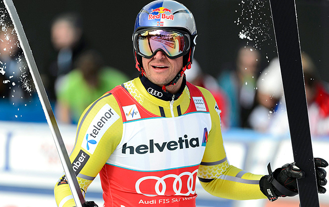 Aksel Lund Svindal won his first downhill World Cup discpline title when fog canceled the season's last race.