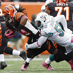 Kevin Burnett had a career-high 110 tackles and 2 1/2 sacks last season with the Dolphins.