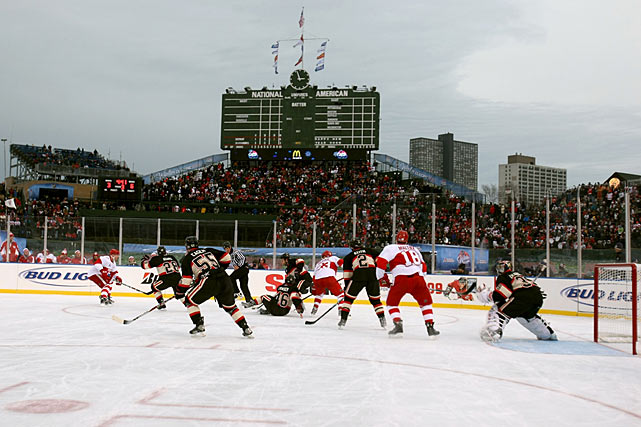 The teams wore throwback uniforms and the atmosphere was festive on a Chicago winter's afternoon.
