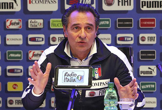 Cesare Prandelli and Italy lead their group in UEFA World Cup qualifying.