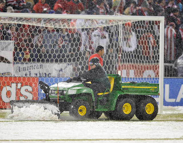 Snow plows were a necessity as conditions grew increasingly worse, which almost prompted a suspension of play before officials decided otherwise.