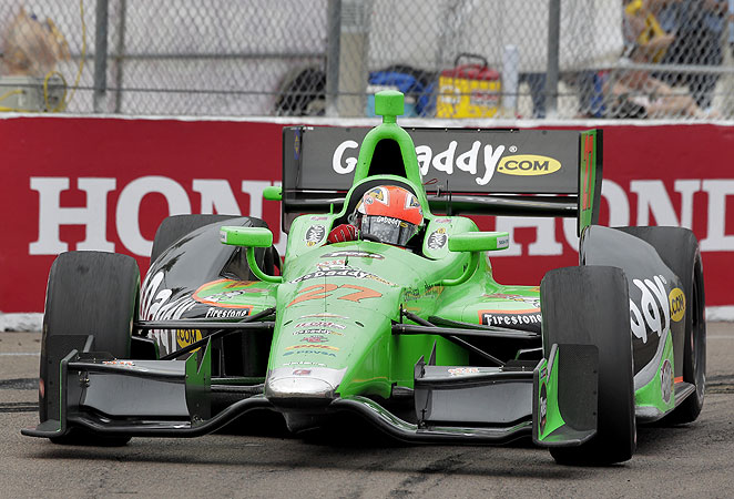 James Hinchcliffe took the checkered flag in St. Petersburg for his first career IndyCar victory.