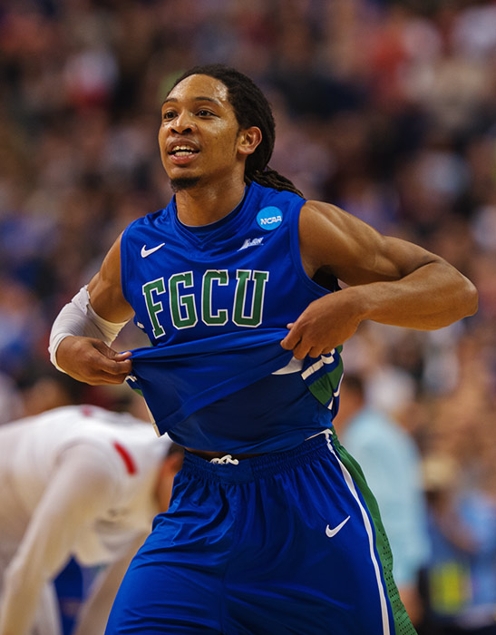 <bold>Sherwood Brown is helping make Florida Gulf Coast the tournament's best story, surpassing his season scoring average (15.6) with 24 points against Georgetown and 17 points against San Diego State. The Eagles' guard is finding his stroke from three-point territory, hitting 5-of-9 (.556) from deep in the tournament.</bold>