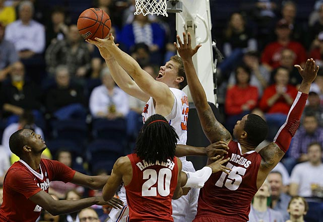 <bold>The Gators' big man is one of the more efficient post players through the tournament's early contests. Murphy is hitting at a .684 clip (13-of-19) from the field and averaging 16.5 points per game for Florida. But the senior's contributions don't stop in the paint: He's 4-of-7 on three-pointers in the tournament.</bold>