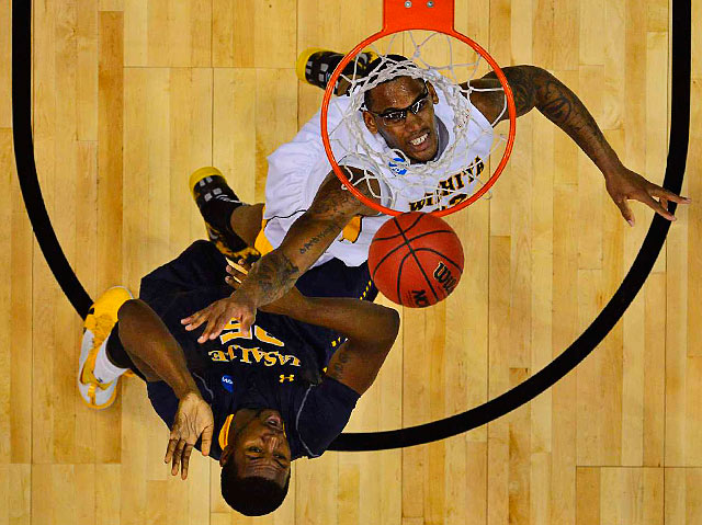 <bold>Wichita State's Carl Hall and La Salle's Jerrell Wright work for position under the basket. </bold> <bold>Defeated Pitt 77-55</bold> <bold>Defeated Gonzaga 76-70</bold> <bold>Defeated La Salle 72-58</bold>