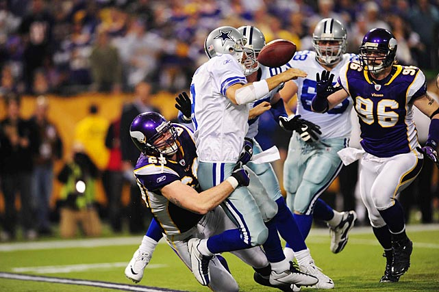 The good times didn't last long as the following week Romo lost two fumbles, threw an interception and was sacked six times while losing 34-3 to the Vikings.