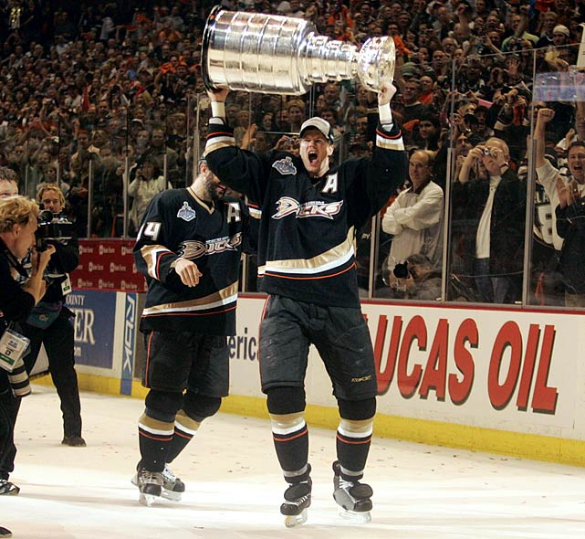 A requested trade sent Pronger to Anaheim in July 2006 (for Joffrey Lupul, Ladislav Smid, first-round picks in 2007 and '08, plus a 2008 second-rounder) and ultimately brought him his first and likely only Stanley Cup. The Ducks' second-leading playoff scorer, and an anchor on their blueline, he was a key to their playoff juggernaut that went 16-5 on the way to a five-game Cup final win over Ottawa.