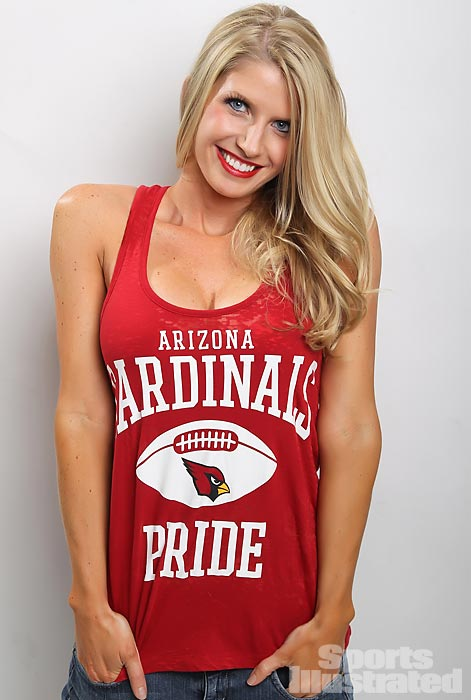 Meet Jacque, a cheerleader for the Arizona Cardinals who majored in civil engineering and loves fantasy football. To read more about her, check out her profile on Extra Mustard.