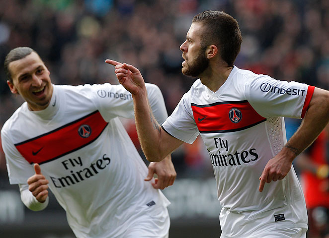Jeremy Menez (right) and Zlatan Imbrahimovic both scored to pad PSG's Ligue 1 lead.
