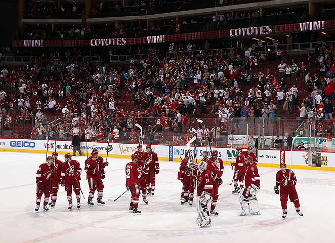 Despite low attendance and inquiries from other cities, the NHL wants the Coyotes to stay put.