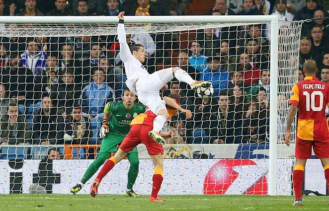Cristiano Ronaldo scored one of three Real Madrid goals in the first leg.