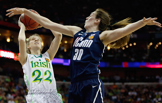 Breanna Stewart paced UConn over Notre Dame and into the women's final with 29 points and 4 blocks.