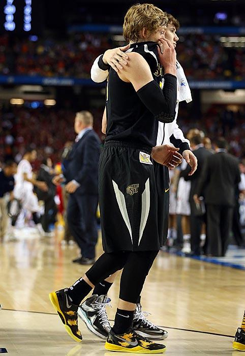 Def. Pittsburgh 73-55 Def. Gonzaga 76-70 Def. La Salle 72-58 Def. Ohio State 70-66