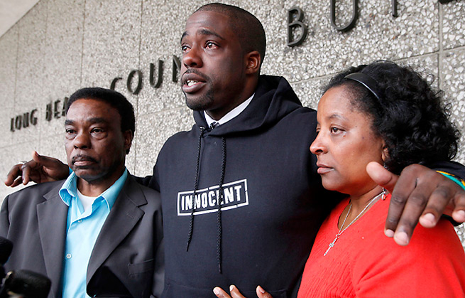 Brian Banks tried out for four teams last year after being exonerated, but wasn't able to land a contract.