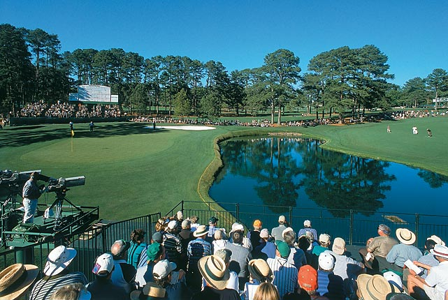 Patrons watched the action at the par-5 15th during the 2000 Masters.