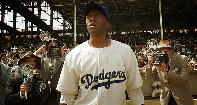 Cahdwick Boseman delivers a quality, convincing performance as Jackie Robinson the ballplayer and husband.