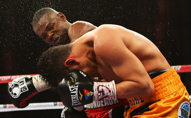 In a unanimous decision, Guillermo Rigondeaux (back) beat Nonito Donaire at Radio City Music Hall.