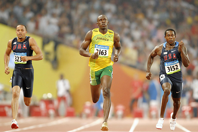 Crawford (R), won the silver in the 200-m at the Beijing Olympics, and gold in the 200-m in Athens.