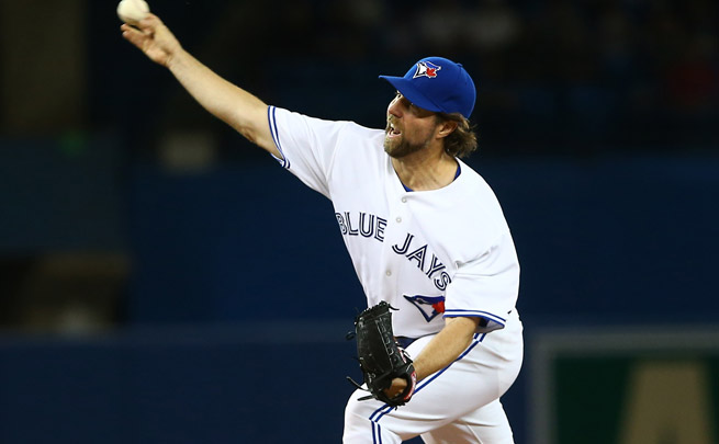 R.A. Dickey was pulled after six shutout innings against the White Sox with back and neck pain.