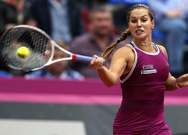 Slovakia's Dominika Cibulkova came from behind to beat Russia's Anastasia Pavlyuchenkova 5-7, 6-1, 6-4.