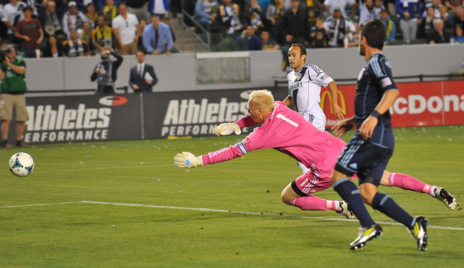 Landon Donovan netted his first goal of the MLS season in L.A.'s 1-0 win over Sporting K.C.