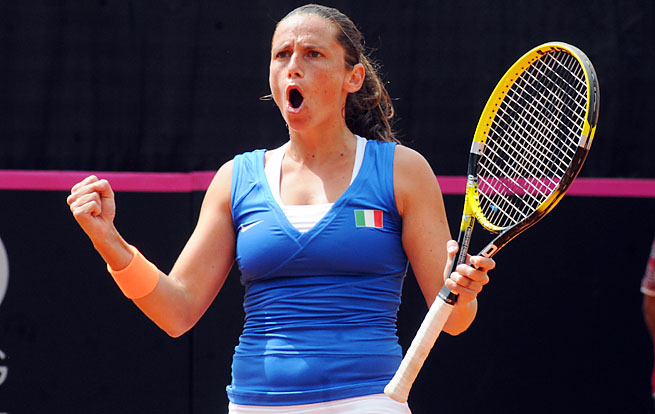 Roberta Vinci and Italy will face Russia in the Fed Cup final.