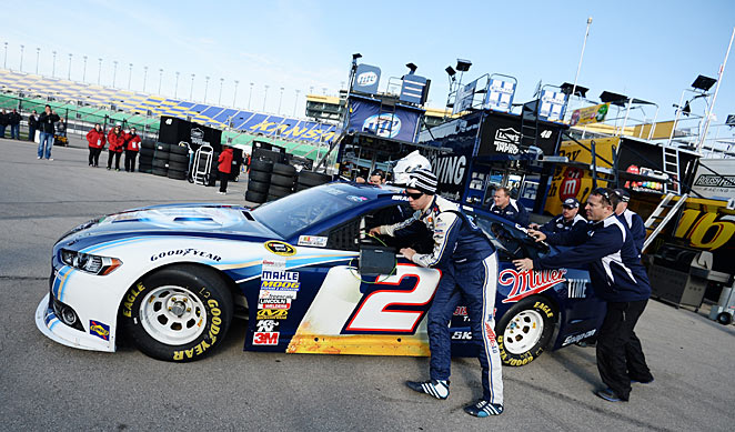 After being hit by sanctions, Brad Keselowski gutted out a sixth-place finish at Kansas on Sunday.