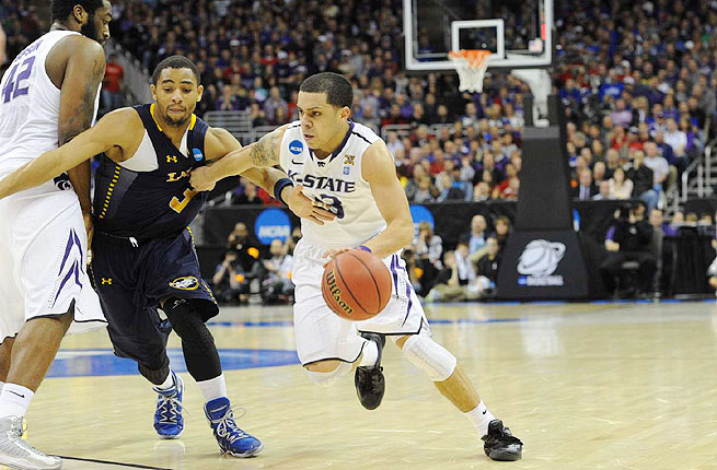 Angel Rodriguez intends to transfer closer to his mother and two younger brothers, who live in his native Puerto Rico.