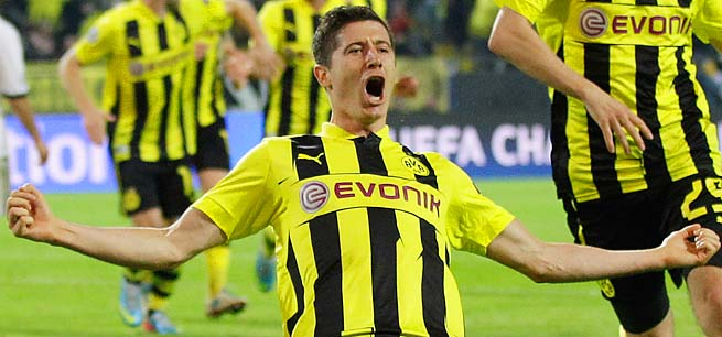Robert Lewandowski scored every goal in Dortmund's 4-1 win over Real Madrid on Wednesday.
