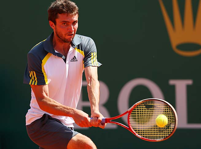 Gilles Simon will face Lukas Rosol, who beat Rafael Nadal at Wimbledon, in the semifinals.
