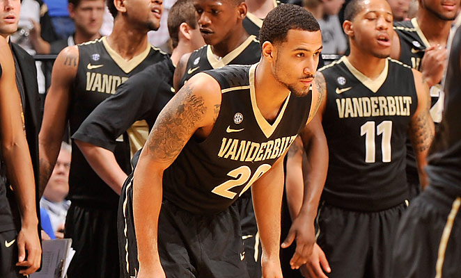A.J. Astroth played sparingly as a freshman for Vanderbilt, and will seek more court time elsewhere.