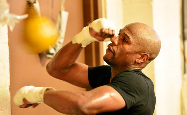 Floyd Mayweather's fight on Saturday will be his first since serving two months in jail.