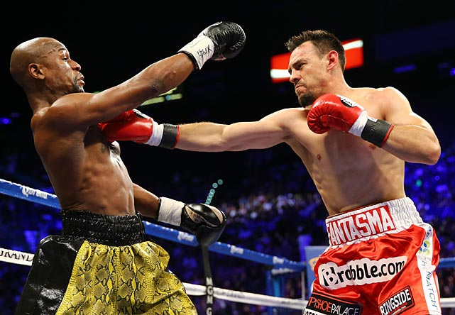 Mayweather improved his record to 44-0 while Guerrero dropped to 31-2-1.