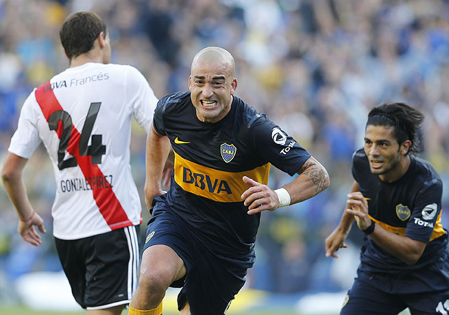 Boca Juniors' Santiago Silva scored the equalizer against River Plate but could not lift his side to a win.