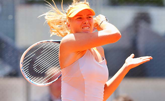 Maria Sharapova can still take back the No. 1 ranking before the French Open.
