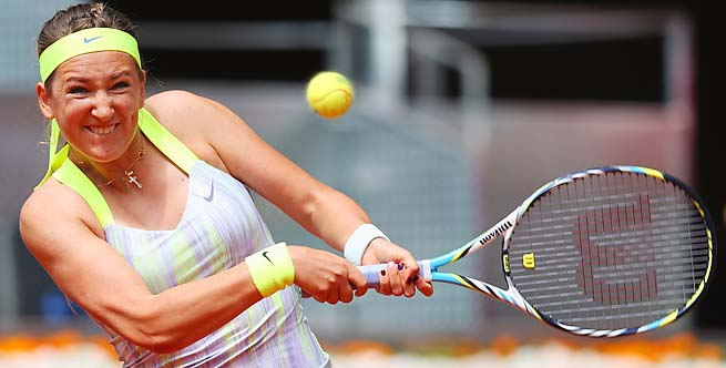 Victoria Azarenka lost her first match of the year and blew up at an umpire.