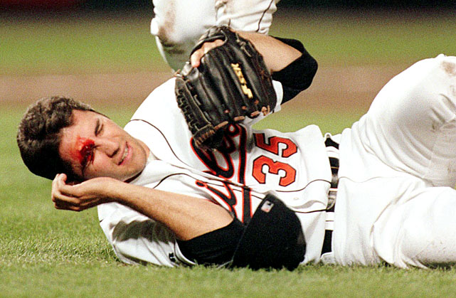 Mike Mussina got hit in the face by a liner from the Indians' Sandy Alomar, breaking his nose. Mussina landed on the disabled list.