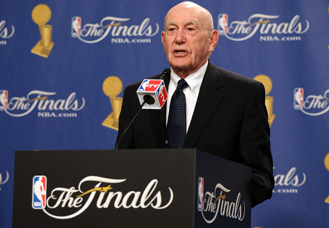 After 17 years with ESPN, 88-year-old basketball analyst Jack Ramsay is likely retiring due to health issues.