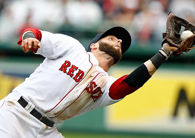 Red Sox second baseman Dustin Pedroia snags a fly ball against the Blue Jays during Saturday's 3-2 loss at Fenway Park.