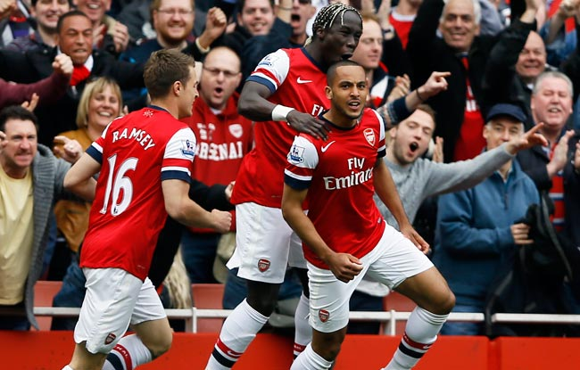 Arsenal will face Chelsea in a playoff if the Gunners defeat Newcastle 2-1 and Chelsea draws 0-0 with Everton.