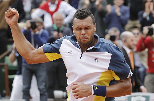 Sixth-seeded Jo-Wilfried Tsonga converted 4 of 11 break-point chances and held every service game.