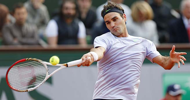 No. 2 seed Roger Federer will face sixth-seeded Frenchman Jo-Wilfried Tsonga in the quarterfinals.