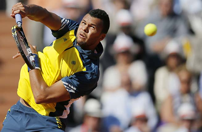 Jo-Wilfried Tsonga advanced to the French Open semifinals for the first time.