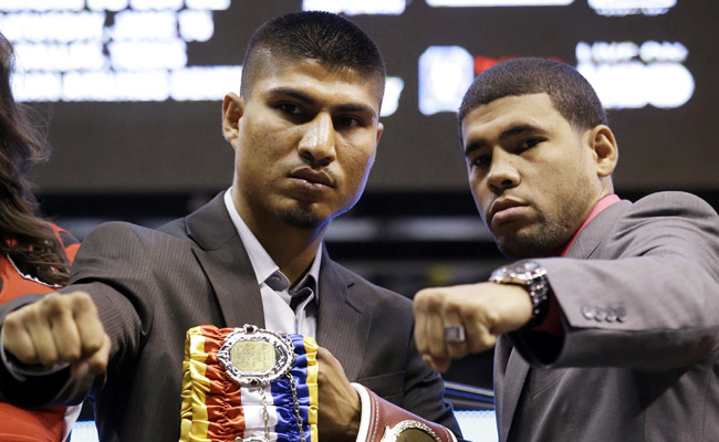 Mikey Garcia (left) and Juan Manuel Lopez will fight in Dallas' American Airlines Center on Saturday.