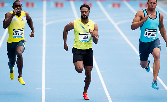 Tyson Gay advanced at the U.S. track championships with a time of 10.28 in the first round of the 100 meters.