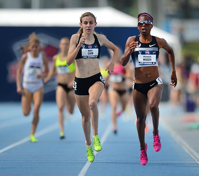 Treniere Moser (right) and Mary Cain (left) finish first and second, respectively, in their heat of the 1,500. They repeated that order of finish in the final.