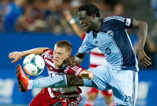 Kei Kamara (right) scored from a penalty, while Walker Zimmerman netted the equalizer in a 2-2 draw.