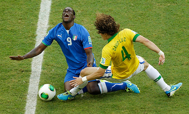 Mario Balotelli suffered a muscle injury in his left leg during Italy's 4-2 loss to Brazil on Saturday.
